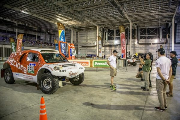 Verifications Dakar 2015 (Photo Jesús Renedo)