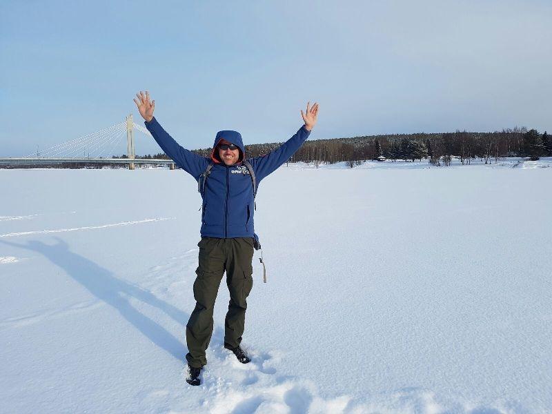 Rio helado a Rovaniemi